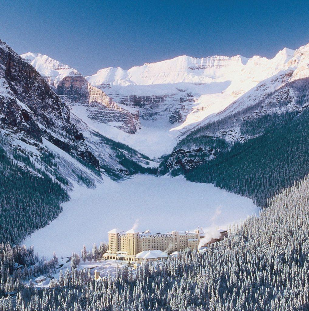 Chateau Lake Louise Winter Fairmont