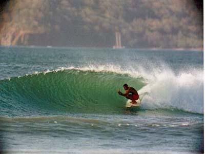 Surfing Tamarino Tube Ride