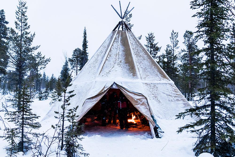 Tipi in Lapland in Winter