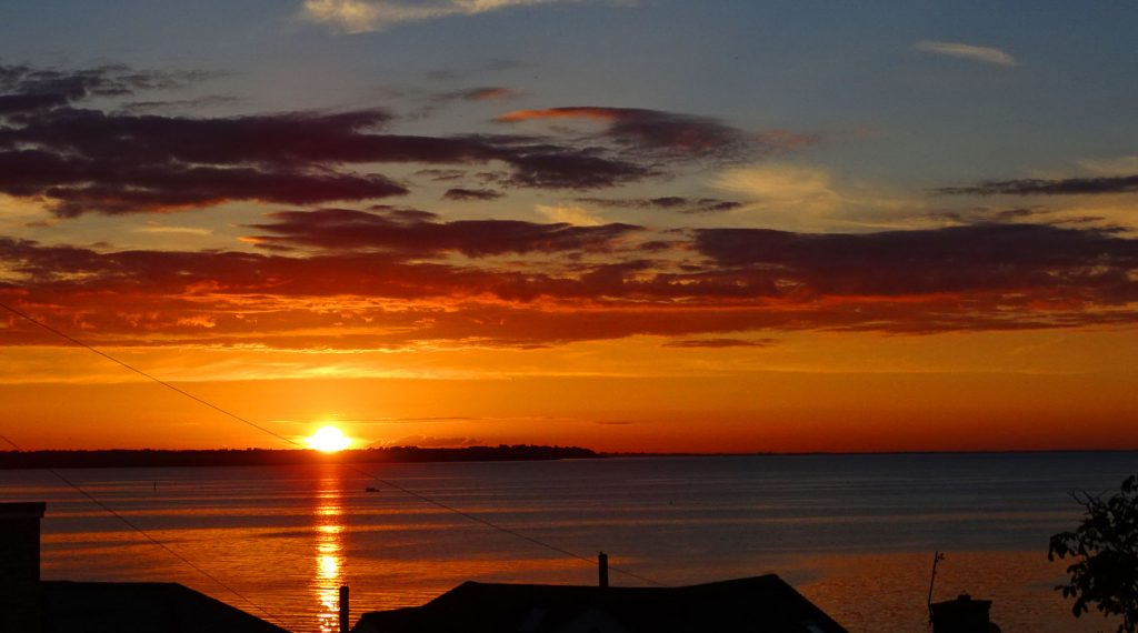 The Famous Wonderful Golden Sunsets of Whitstable