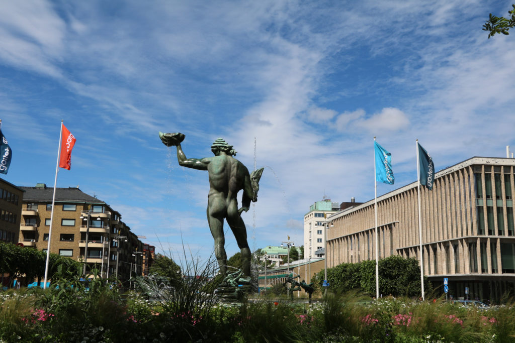 Götaplatsen and Kungsportsavenyen in Gothenburg under blue sky, Sweden Skandinavien
