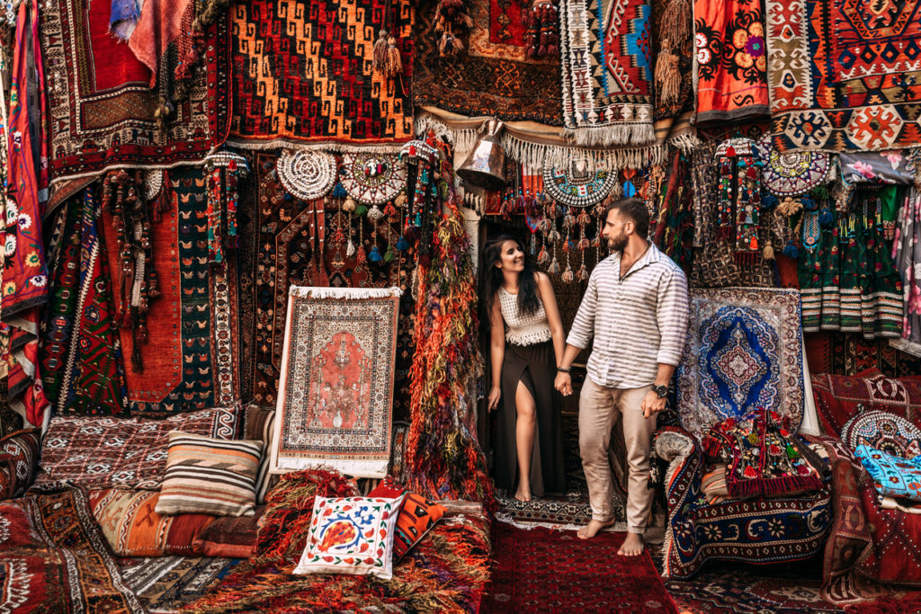 Shopping for Persian Rugs in Istanbul
