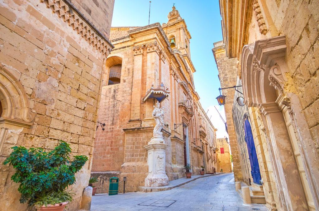 The crossroad in Mdina town, Malta
