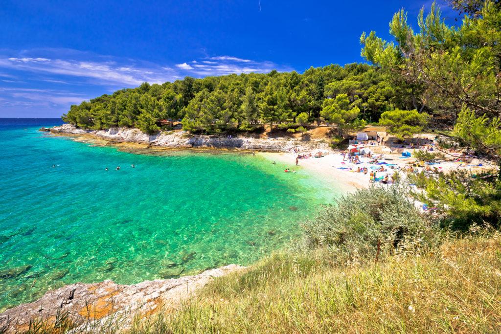 Idyllic turquoise beach in Pula