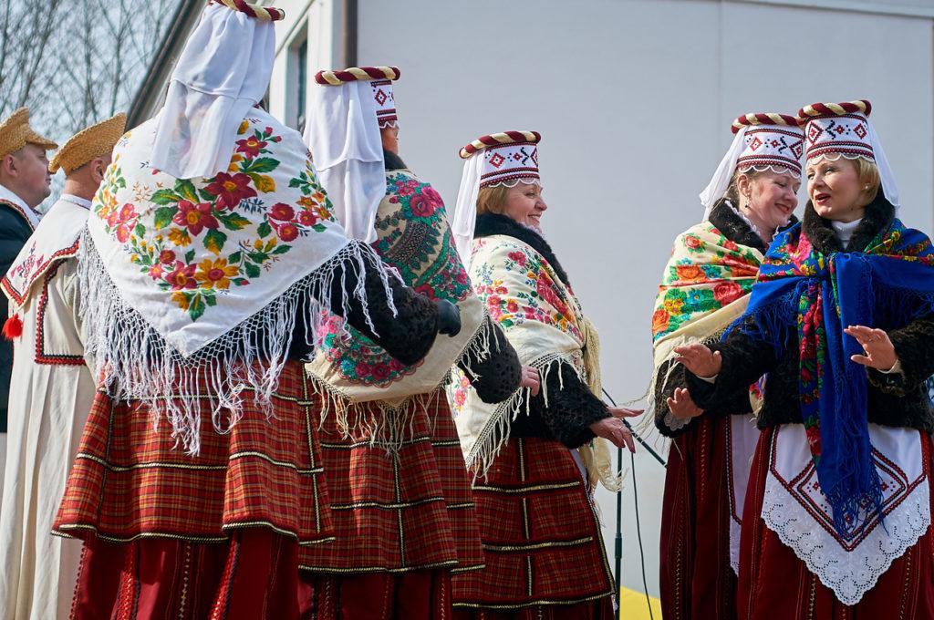 Belarusian folk costumes
