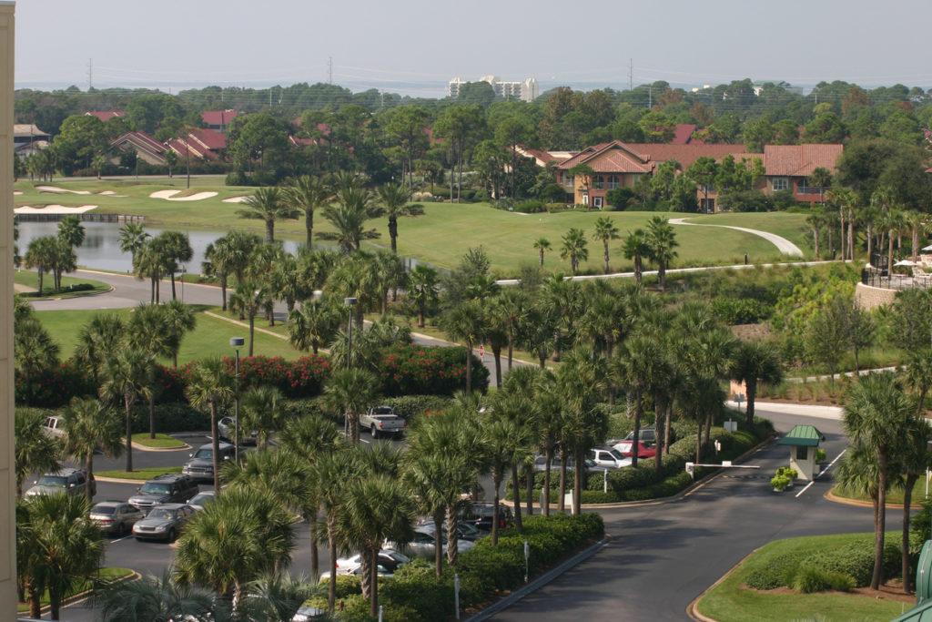 A golf resort in Destin Florida