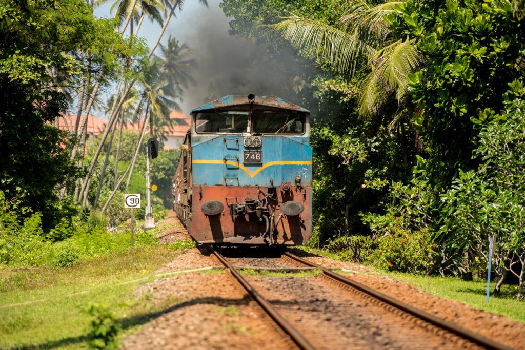 Take the train in Sri Lanka